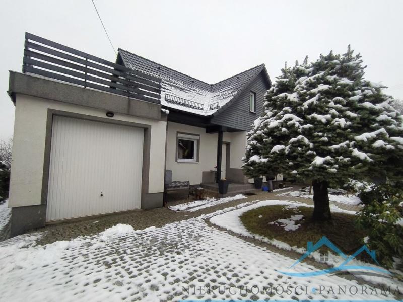 Jeżów Sudecki, dolnośląskie, Polska, 3 Bedrooms Bedrooms, ,1 BathroomBathrooms,Domy,Na sprzedaż,3479